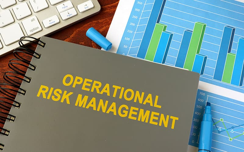 Risk Management / Corporate Legal Solutions